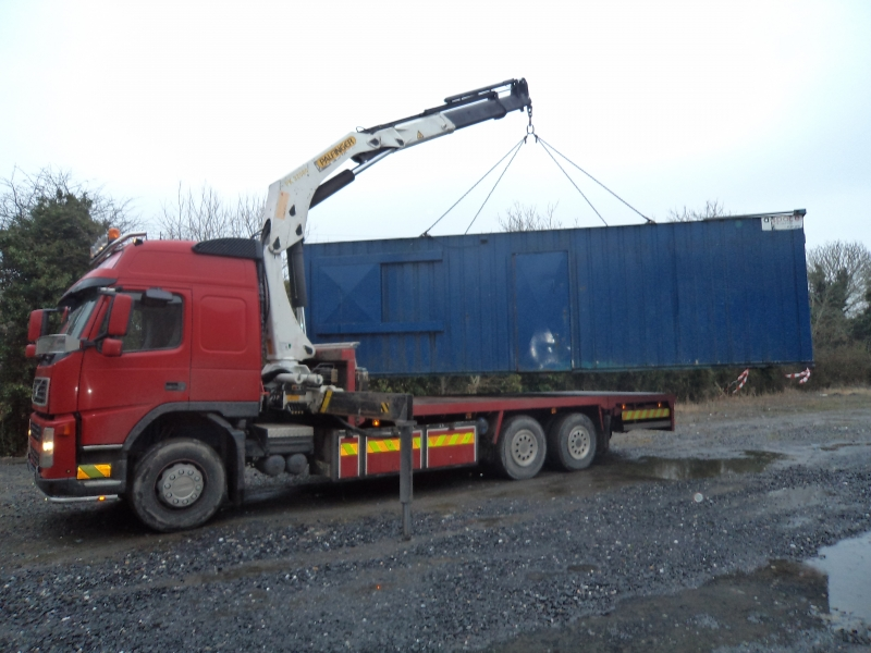 Transport haulage container